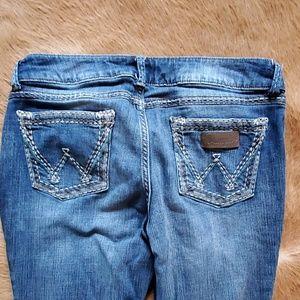 Womens Wrangler Jeans size 13/14 x 32